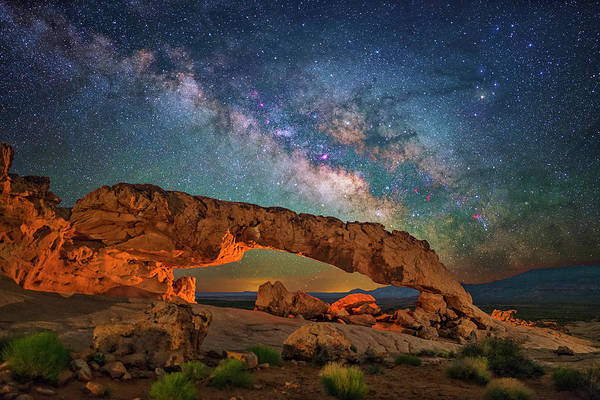 Arching Over The Arch Art Print
