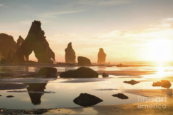 Rock Island Line Photograph - Archway Rock Sunset by Ernesto Ruiz