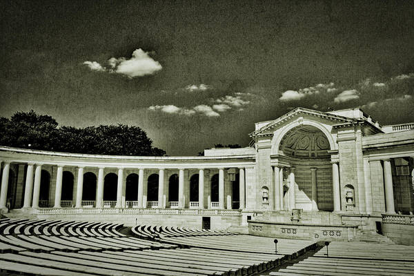 Photograph - Arlington Cemetery Memorial Amphitheater #2 by Stuart Litoff