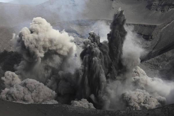 Yasur Photograph - Ash Cloud Eruption On Yasur Volcano by Richard Roscoe