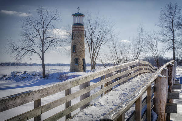 Photograph - Asylum Point Lighthouse by Joan Carroll