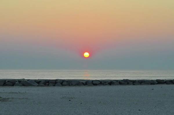 Jetti Wall Art - Photograph - Atlantic City New Jersey - Sunrise On The Beach by Bill Cannon