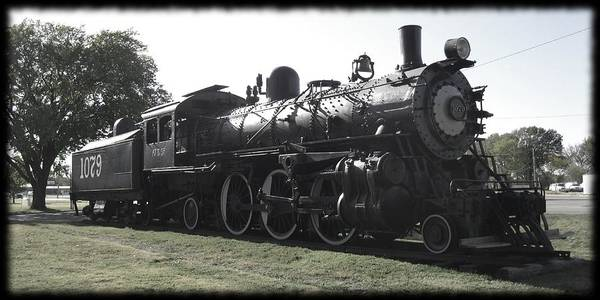 Atsf 2-6-2 Locomotive 1079 Diminished Art Print