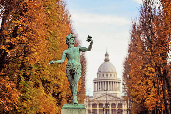 Wall Art - Photograph - Autumn In Luxembourg Gardens by Melanie Alexandra Price