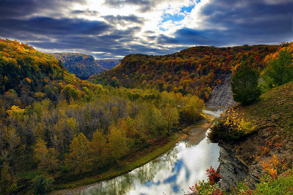 Letchworth Photograph - Autumn On The Genesee by Rick Berk