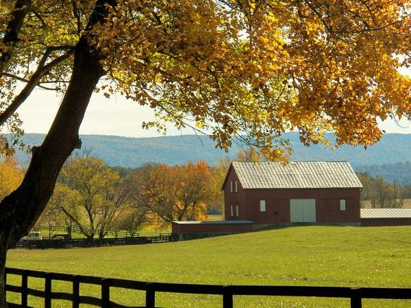 Wall Art - Photograph - Autumn Shenandoah Barn by Joyce Kimble Smith