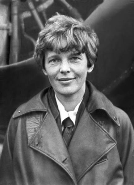 Photograph - Aviatrix Amelia Earhart Putnam by Underwood Archives