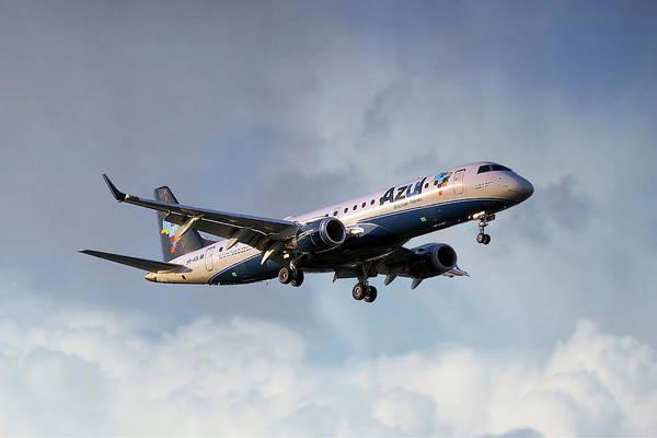 Rio De Janeiro Photograph - Azul Linhas Aereas Embraer Erj-190ar by Smart Aviation