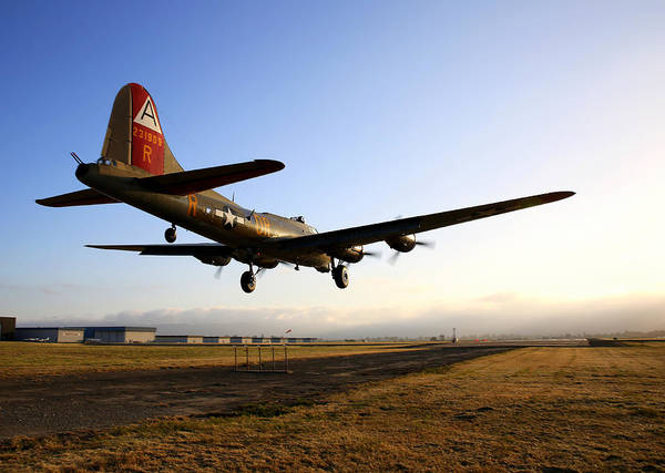 Photograph - B17 Flying Fortress Lands At Livermore Klvk by John King