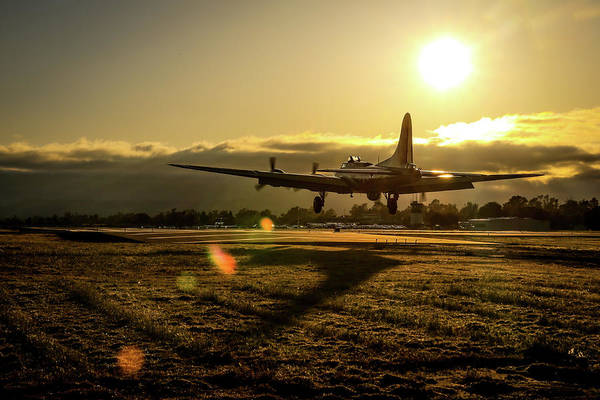 Photograph - B17 Landing At Livermore by John King