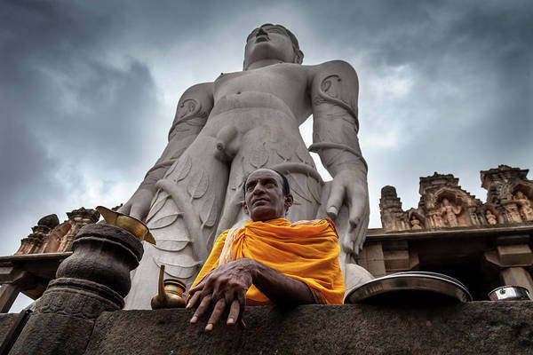Photograph - Bahubali - Shravanabelagola by Mahesh Balasubramanian