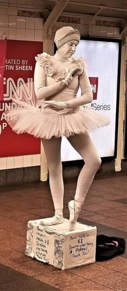 Photograph - Ballerina by Rob Hans