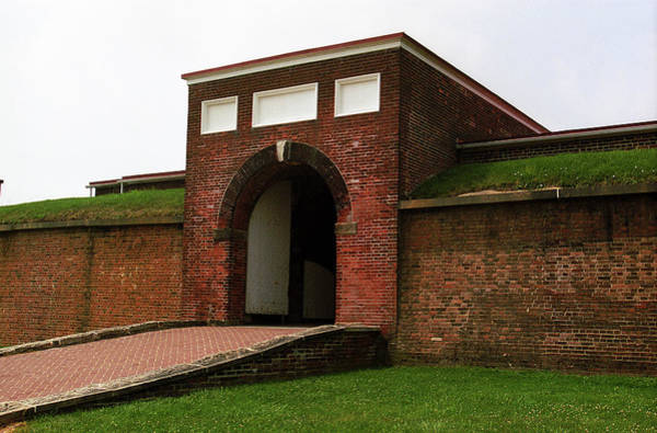 Photograph - Baltimore - Fort Mchenry Entrance 2003 by Frank Romeo