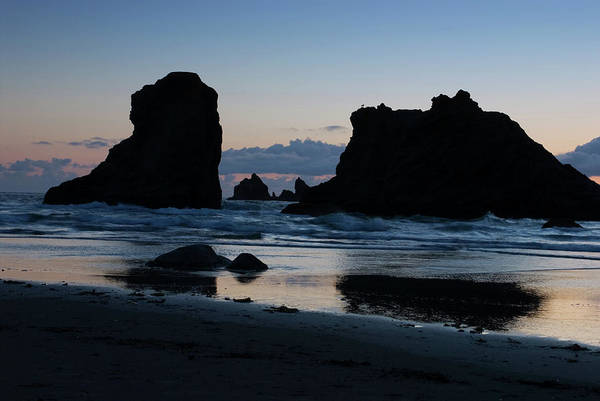 Photograph - Bandon Oregon Sea Stacks by Renee Hong