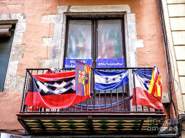 Photograph - Barcelona No Tenim Por by John Rizzuto