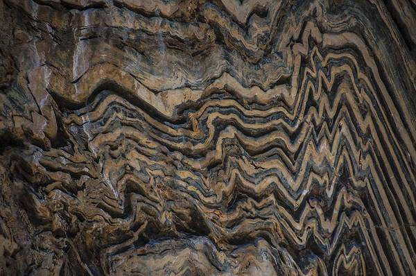 Photograph - Bargello Geologic Wall In Kings Canyon by NaturesPix