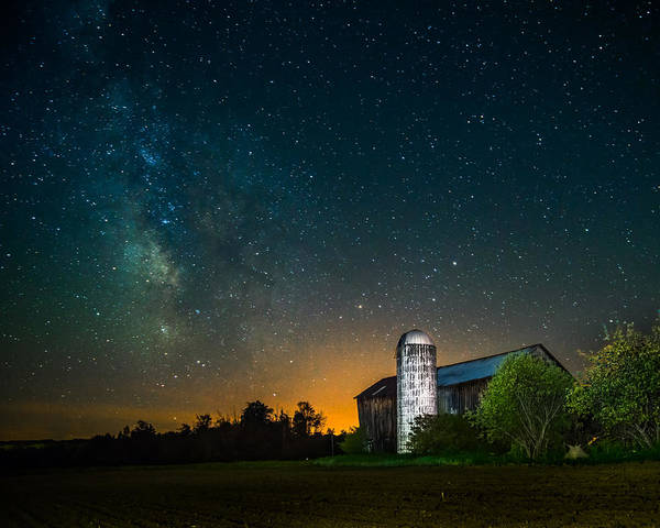 Photograph - Barn Below The Heavens by Chris Bordeleau