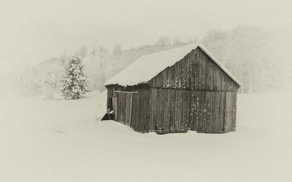 Wall Art - Photograph - Barn In Winter by Andrew Wilson