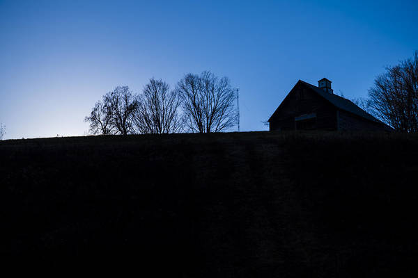 Photograph - Barn On A Hill by Tom Singleton