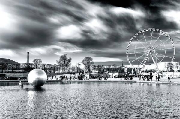Jardin Des Tuileries Photograph - Bassin Octogonal Paris by John Rizzuto