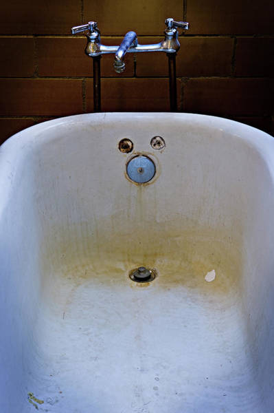 Photograph - Bathtub by Bud Simpson