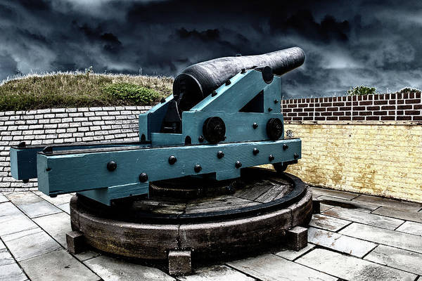 Photograph - Battery Jasper Gun by Dale Powell