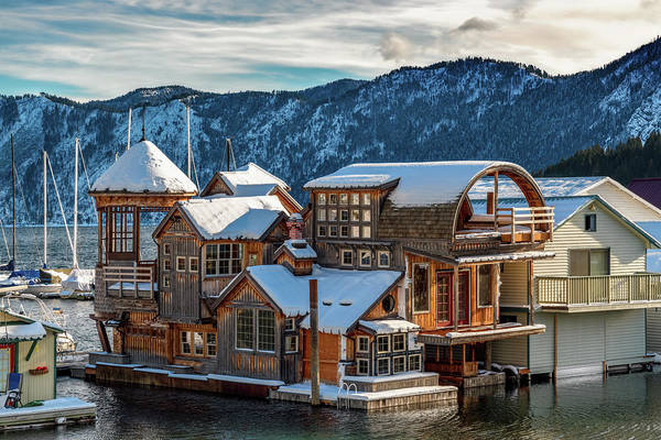 Photograph - Bayview Houseboat In Winter by Harold Coleman