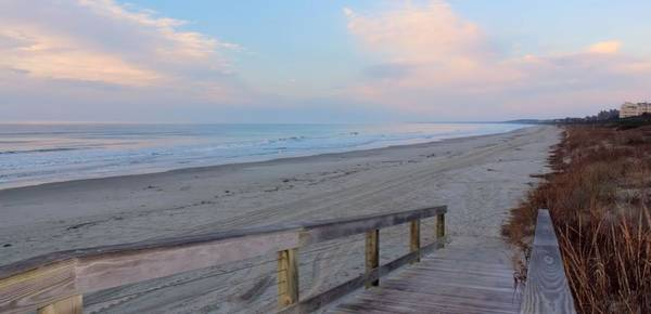 Kiawah Island Photograph - Beach Morning Colors by Rosanne Jordan