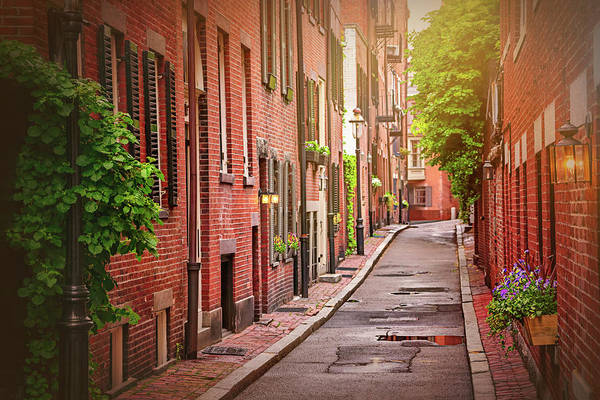 Neighborhood Photograph - Beacon Hill Boston by Carol Japp