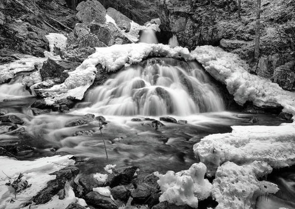 Photograph - Bear's Den Waterfall by Rob Davies