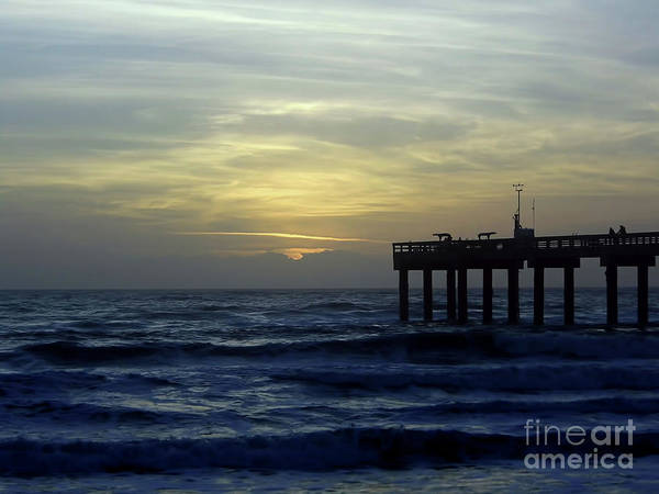 Photograph - Beautiful Ocean And Sky At Sunrise by D Hackett