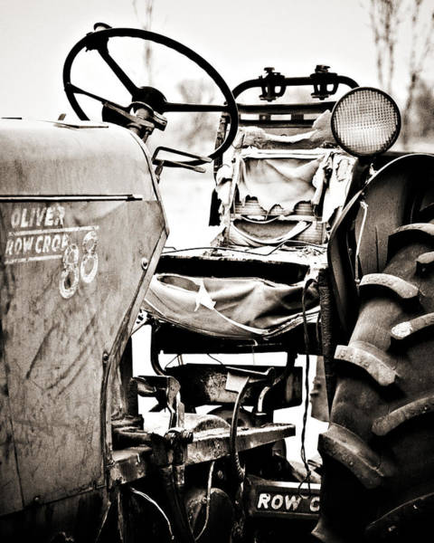 Tire Photograph - Beautiful Oliver Row Crop Old Tractor by Marilyn Hunt