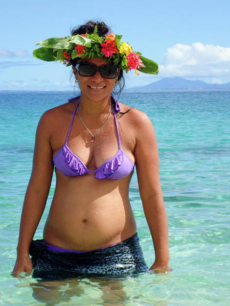 Polynesian Photograph - Beautiful Polynesian Woman With Floral Hat by David Smith