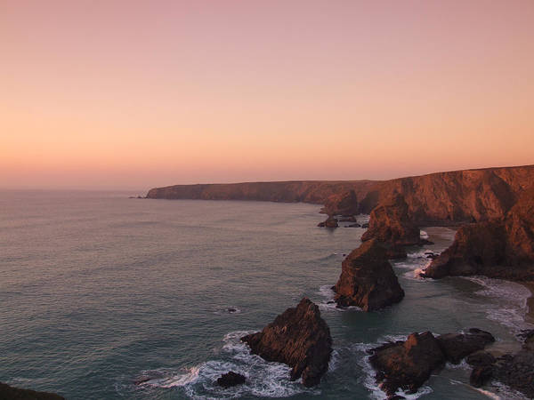 Photograph - Bedruthan Steps Sunset by Helen Northcott