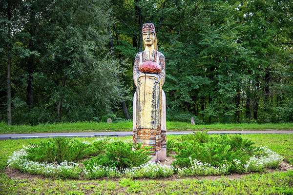 Photograph - Belarus Roadside Carving by Andy Crawford