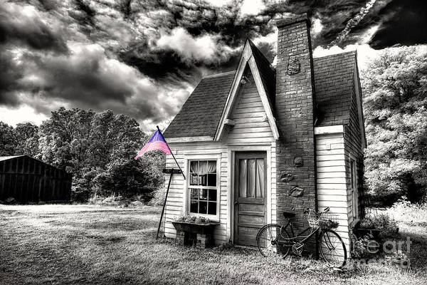 General Dynamics Digital Art - Bem Store Pumphouse by William Fields