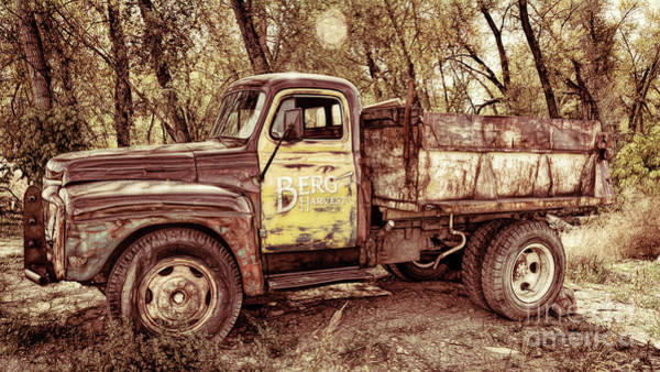 Delivery Truck Painting - Berg Farms Muddy Rivers by Janice Pariza