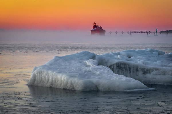 Photograph - Berg Sunrise by David Heilman