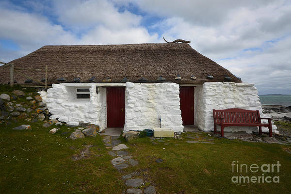 Youth Photograph - Berneray Youth Hostel by Smart Aviation
