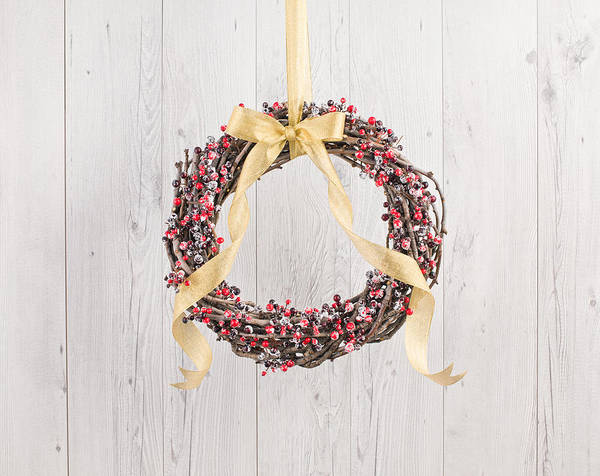 Photograph - Berry Decorated Wreath by U Schade