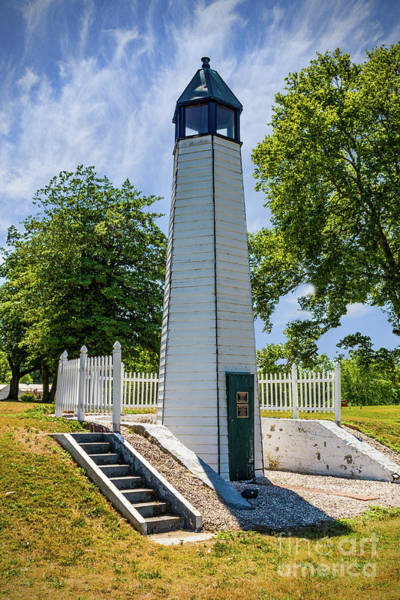 Photograph - Bethel Bridge Lighthouse by Nick Zelinsky