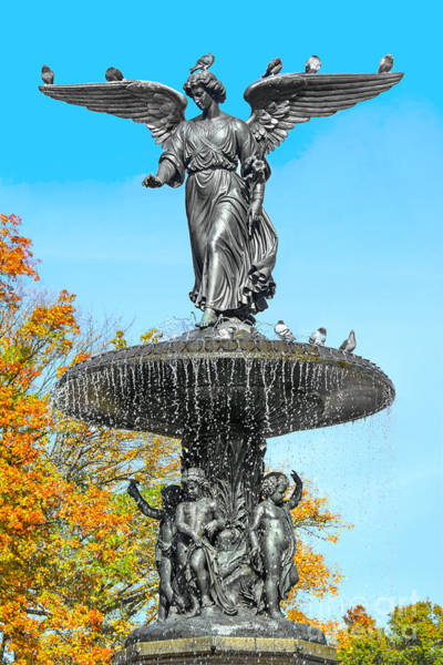 Bethesda Fountain Photograph - Bethesda Terrace Fountain-angel Of The Waters by Regina Geoghan