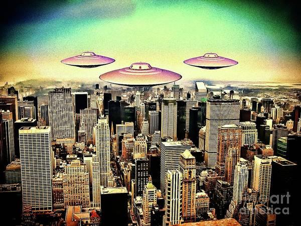 Scifi Digital Art - Between The Moon And New York City By Raphael Terra by Raphael Terra