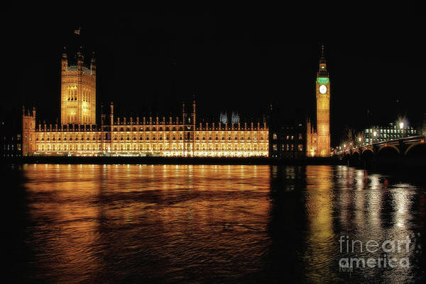Photograph - Big Ben And The Palace Of Westminster At Night by Lois Bryan