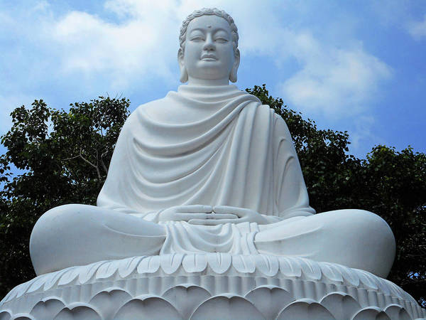 Vung Tau Photograph - Big Buddha 4 by Ron Kandt