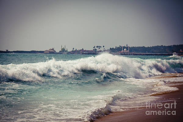 Photograph - Big Wave On The Coast by Raimond Klavins