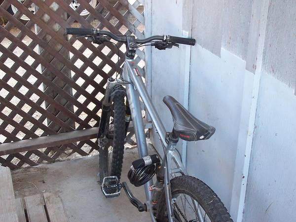 Wall Art - Photograph - Bike 2 by Jesse Gray