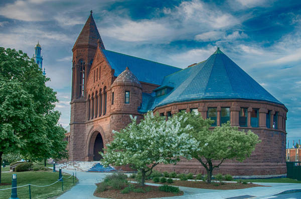 Photograph - Billings Library At Uvm by Guy Whiteley