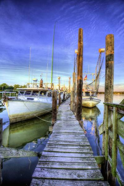 Photograph - Billy's Seafood by JC Findley