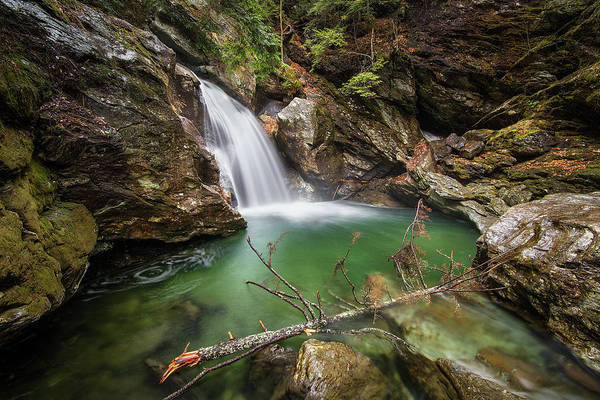 Photograph - Bingham Falls by Robert Clifford
